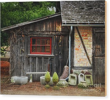 The Shed At Monches Farm Wood Print by Mary Machare