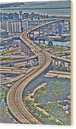 Wood Print featuring the photograph The Skyway To The Southtowns by Jim Lepard