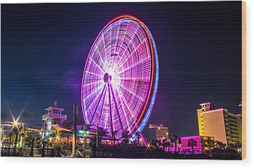 Wood Print featuring the photograph The Skywheel by Rob Sellers