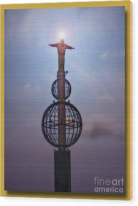 Wood Print featuring the photograph The Son Rising by Chris Anderson