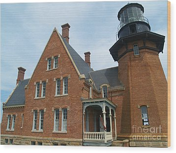The Southeast Light On Block Island Ri Wood Print by Anna Lisa Yoder