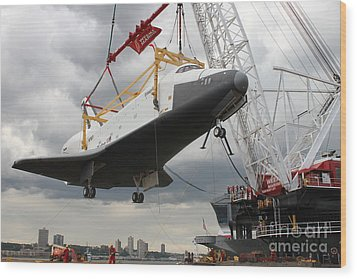 The Space Shuttle Lifted Up To The Intrepid Wood Print