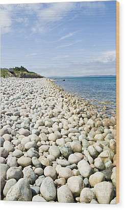 The Stones On Beach Wood Print by Boon Mee