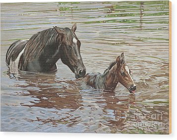 The Swimming Lesson Wood Print by Helen Bailey