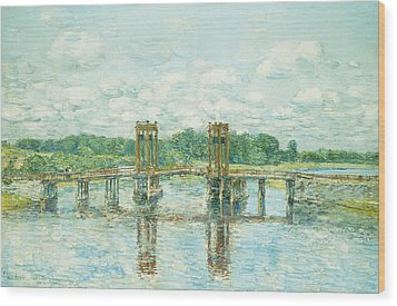 The Toll Bridge New Hampshire Wood Print by Childe Hassam