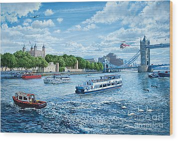 The Tower Of London Wood Print by Steve Crisp