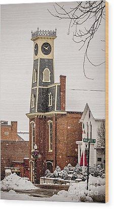 The Town Clock In December Wood Print