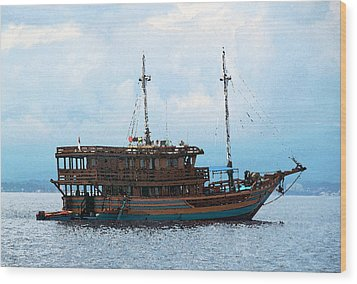 Wood Print featuring the photograph The Trip To Bunaken by Sergey Lukashin