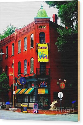 The Venice Cafe' Edited Wood Print by Kelly Awad