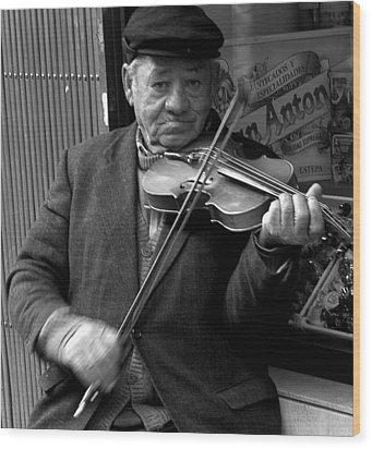 The Violinist Wood Print