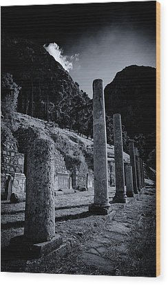 Wood Print featuring the photograph The Votive Monument Of Spartans At Acient Delphi by Micah Goff