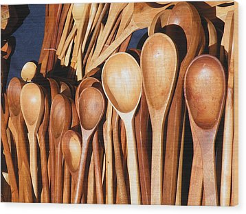 Wood Print featuring the photograph The Warmth Of Spooning by Brian Boyle