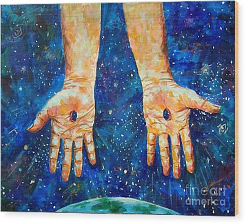 The Whole World In His Hands Wood Print by Lou Ann Bagnall