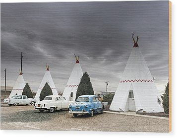 The Wigwam Motel In Holbrook Wood Print by Carol M Highsmith