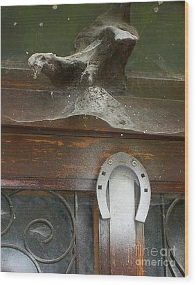 Wood Print featuring the photograph Thing Above The Door by Newel Hunter