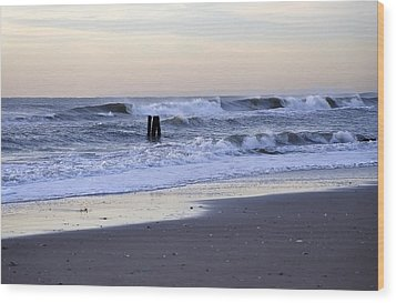 Think Metal - Morning Ocean Rockaways Wood Print by Maureen E Ritter