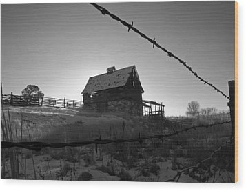 Wood Print featuring the photograph This Old Barn by Eric Rundle