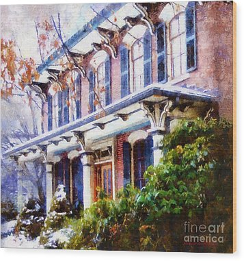 This Old Colonial House  Wood Print by Janine Riley