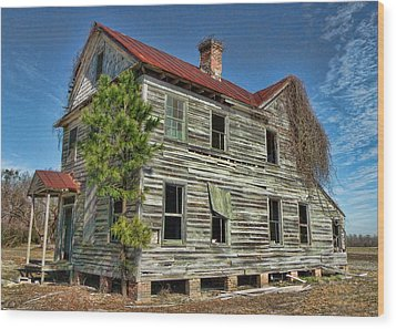 This Old House 2 Wood Print by Victor Montgomery