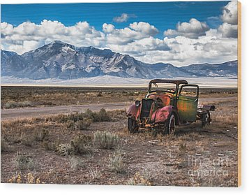 This Old Truck Wood Print by Robert Bales