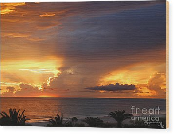 Wood Print featuring the photograph Threatening Sunset by Mariarosa Rockefeller