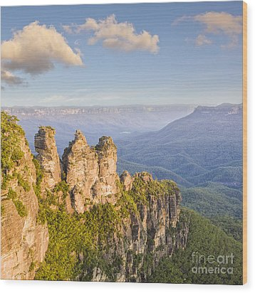 Three Sisters Katoomba Australia Wood Print by Colin and Linda McKie