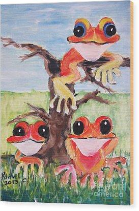 Three Tee Frogs Wood Print by Rachel Carmichael