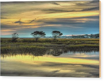 Wood Print featuring the photograph Three Tree Sunset by Ed Roberts