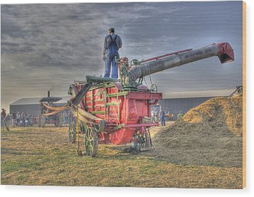 Threshing At Rollag Wood Print by Shelly Gunderson