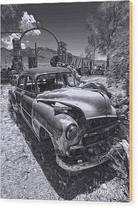 Thunder Mountain Indian Monument -  Car Wreck Wood Print by Gregory Dyer