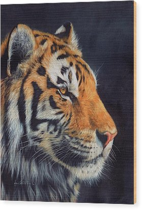 Tiger Profile Wood Print by David Stribbling
