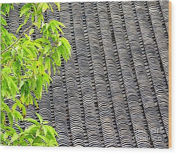Tiled Roof Wood Print by Ethna Gillespie