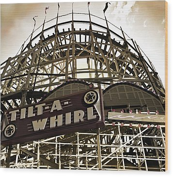 Tilt-a-whirl Wood Print by Larry Butterworth