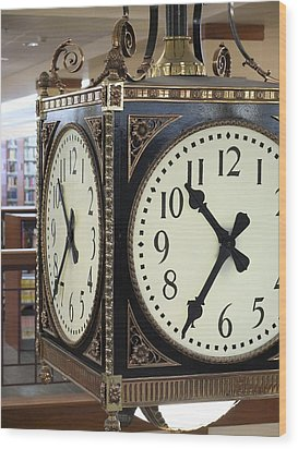 Wood Print featuring the photograph Time Suspended by Scott Kingery