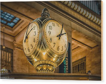 Wood Print featuring the photograph Timepiece At Grand Central Station New York by Linda Karlin