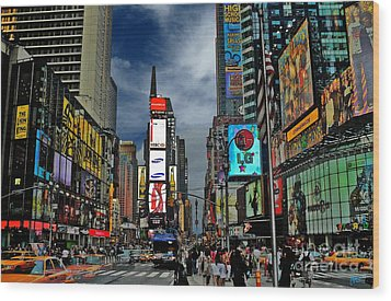 Times Square Wood Print by Jeff Breiman