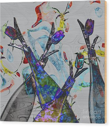 Tippy Tulips Wood Print by Liane Wright