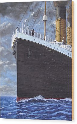 Titanic At Sea Full Speed Ahead Wood Print by Martin Davey