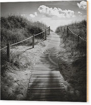To The Beach Wood Print