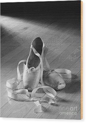 Toe Shoes Wood Print