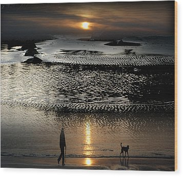 Tofinoscape Dusk Wood Print by Lyn  Perry