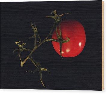 Tomato With Stem Wood Print by Patricia Januszkiewicz