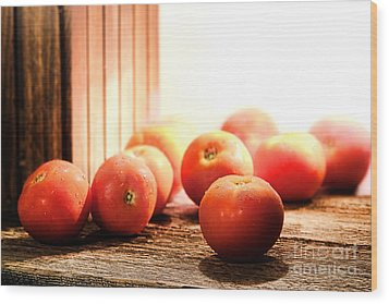 Tomatoes In An Old Barn Wood Print by Olivier Le Queinec