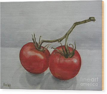 Tomatoes On Vine Wood Print by Jindra Noewi