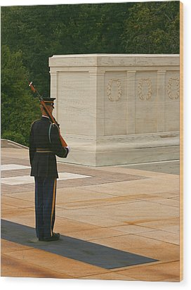 Tomb Of The Unknown Soldier Wood Print by Kim Hojnacki