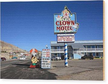 Tonopah Nevada - Clown Motel Wood Print