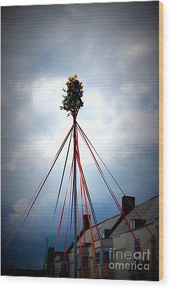 Top Of The Maypole Wood Print by Linda Prewer