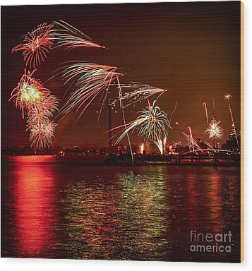 Toronto Fireworks Wood Print by Elena Elisseeva