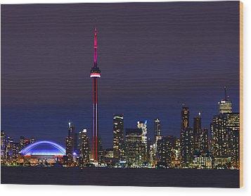Toronto Skyline Wood Print by Tony Beck