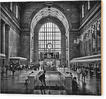 Toronto Union Station 323pm Wood Print by Brian Carson